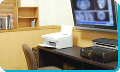 えんどう歯科・矯正歯科クリニックのインプラン治療の流れ。ステップ3。診断。